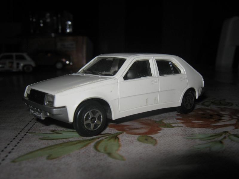 Miniatures R9-R11 et autres modèles Img_0633