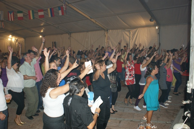 Fiesta en las Fiestas con la Orquesta SON LATINO Dsc03925
