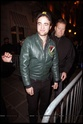 Robert Pattinson, Kristen Stewart , Taylor Lautner et Chris Weitz, à Paris, le 10 Novembre 2009... 00114