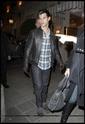 Robert Pattinson, Kristen Stewart , Taylor Lautner et Chris Weitz, à Paris, le 10 Novembre 2009... 00313