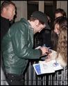 Robert Pattinson, Kristen Stewart , Taylor Lautner et Chris Weitz, à Paris, le 10 Novembre 2009... 00514