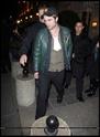 Robert Pattinson, Kristen Stewart , Taylor Lautner et Chris Weitz, à Paris, le 10 Novembre 2009... 01112