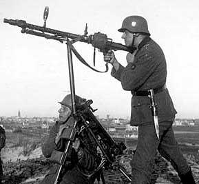 Replicas WWII Mg34_510
