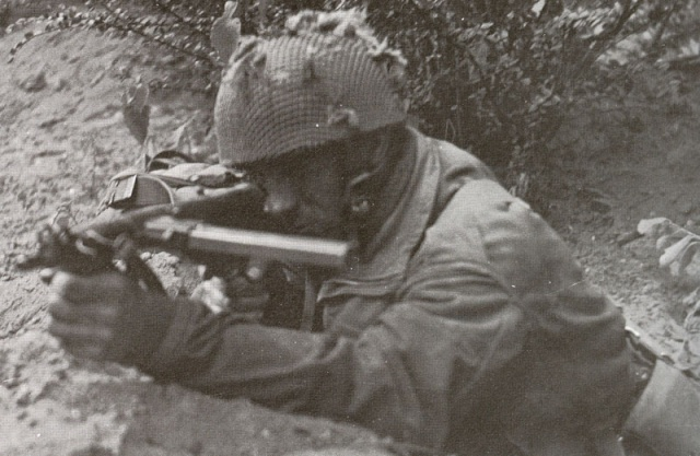 Replicas WWII Sten-m10
