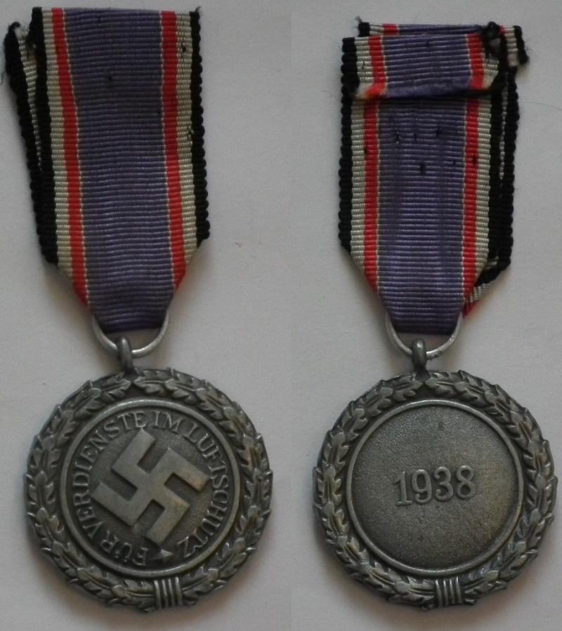 Vos décorations militaires, politiques, civiles allemandes de la ww2 - Page 3 Luftsc10