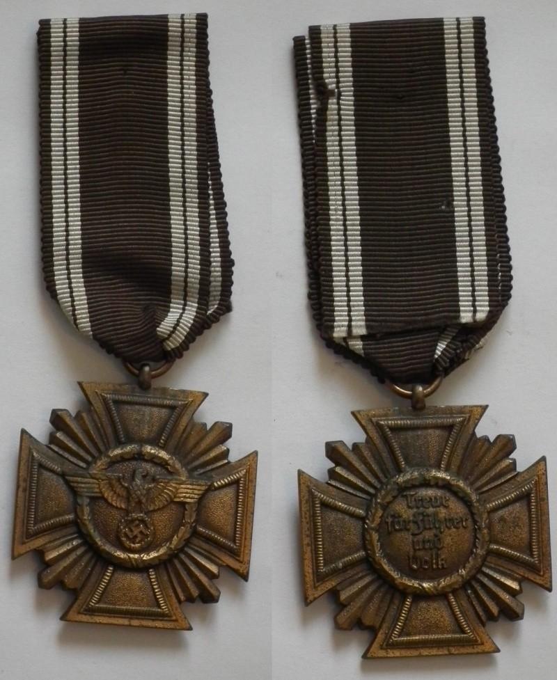 Vos décorations militaires, politiques, civiles allemandes de la ww2 - Page 3 Nsdap110