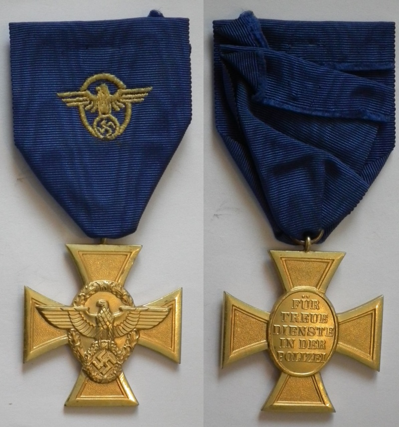 Vos décorations militaires, politiques, civiles allemandes de la ww2 - Page 3 Police10