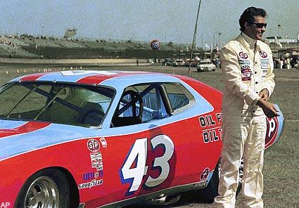 NASCAR- #48 Jimmie Johnson 4 fois champion!! 12663510