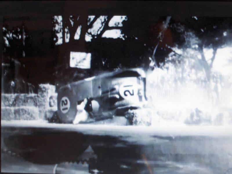 Citroën et Charles DEUTSCH & René BONNET - 1938 > 1949 Hpim3511