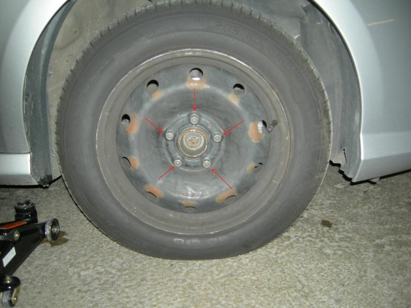 [Tuto] Remplacement des disques et plaquettes de frein Avant Dscn8512