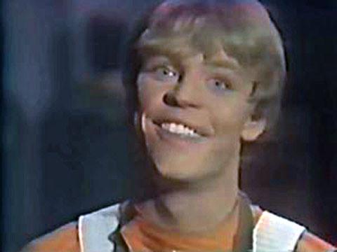 OT: So *cough cough* anyone seen the new Star Trek yet?? Zzholi10