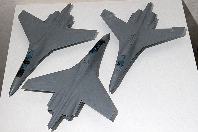 Four 1/72nd scale Flankers 1405_310