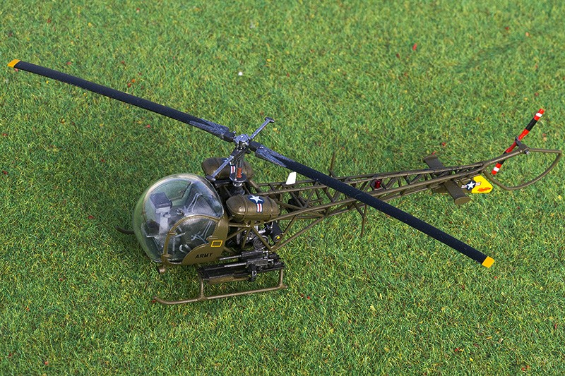 Italeri OH-13S in 1/72nd - Page 2 Img_1411