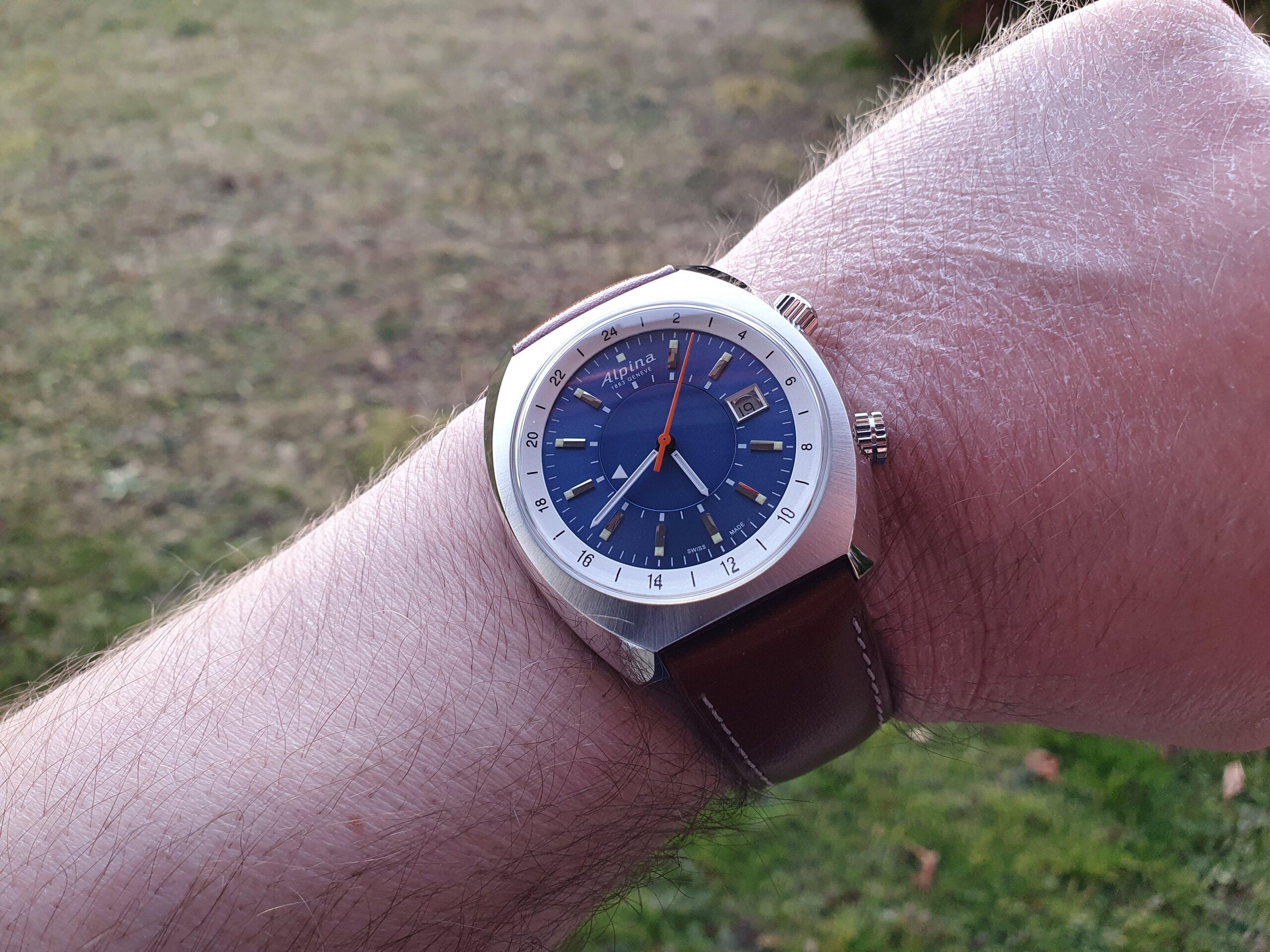 Alpina - Une nouveauté inattendue chez Alpina: Startimer Pilot Heritage GMT 20210246