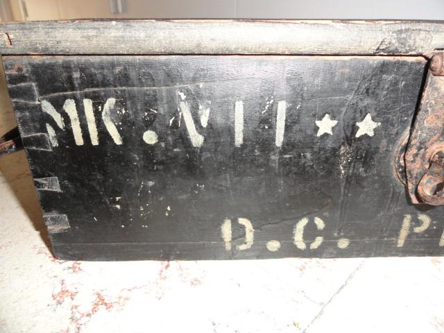 caisse anglaise MK 7 storage pistol ???? Dsc06211