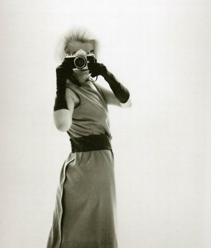Marilyn Monroe - Page 8 Nix_tl10