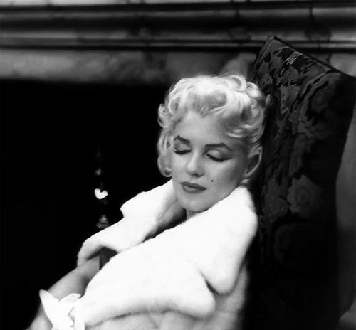 Marilyn Monroe - Page 9 Tumbl484