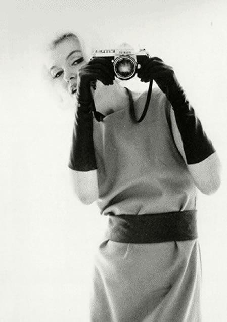 Marilyn Monroe - Page 8 Yvbirx10