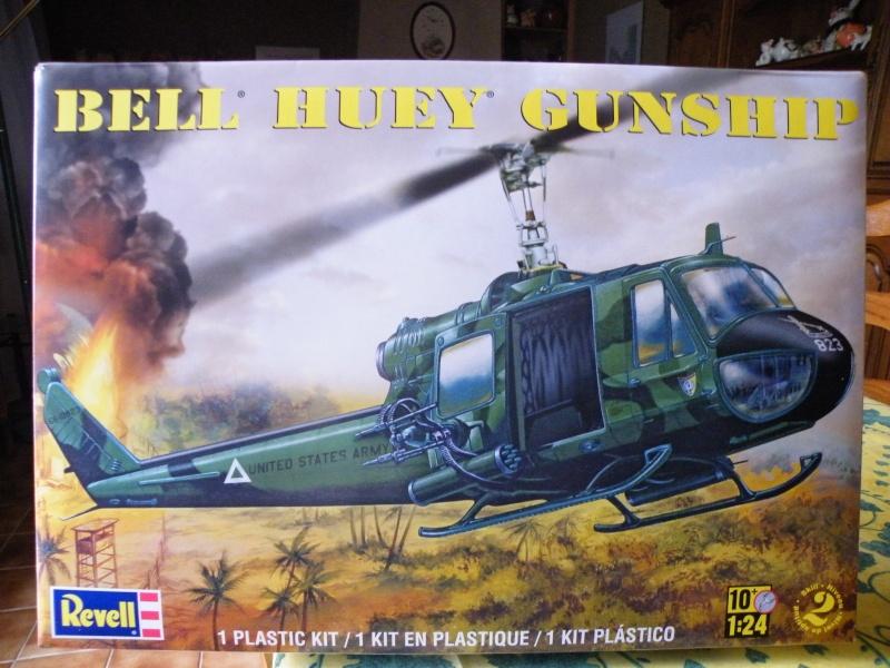Bell Huey Gunship 1/24 Revell Gb10