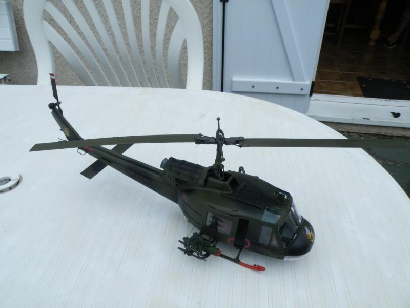 Bell Huey Gunship 1/24 Revell Gb_03610