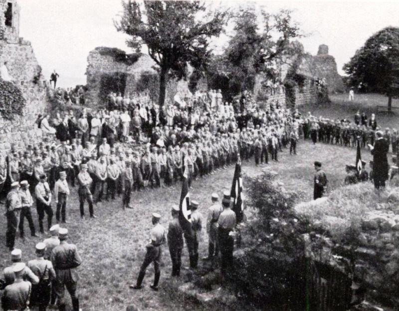 La Sturmabteilung,SA,la section d'assaut de la NSDAP, 1011