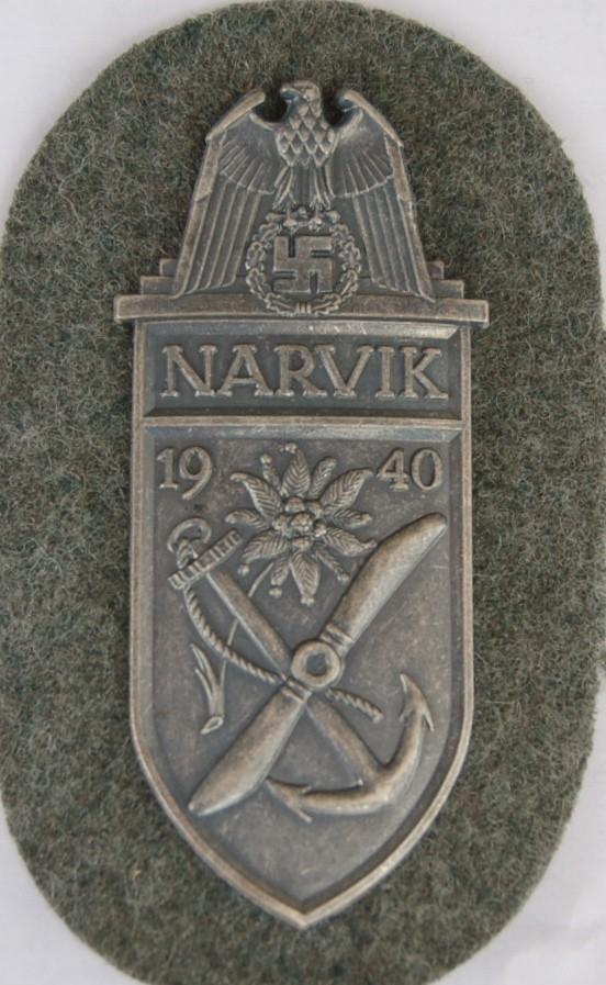 Les Plaques de bras de la Wehrmacht 110