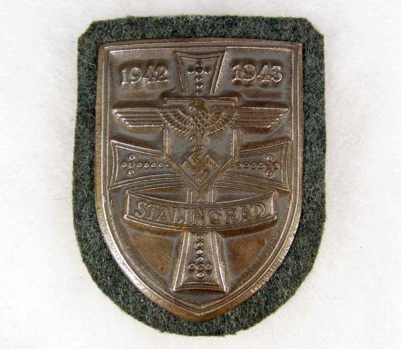 Les Plaques de bras de la Wehrmacht 1110