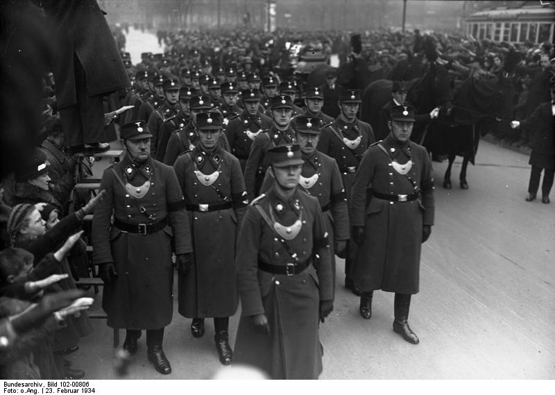 La Sturmabteilung,SA,la section d'assaut de la NSDAP, 1410