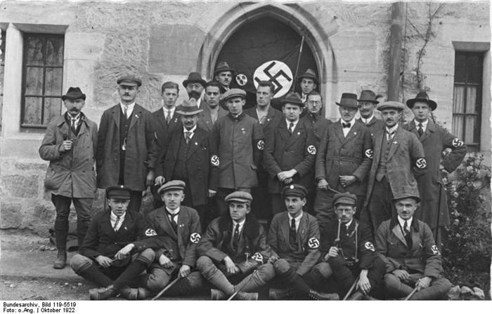 La Sturmabteilung,SA,la section d'assaut de la NSDAP, 313