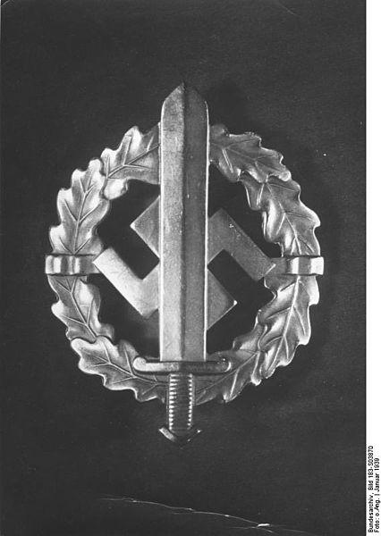 La Sturmabteilung,SA,la section d'assaut de la NSDAP, 426px-10