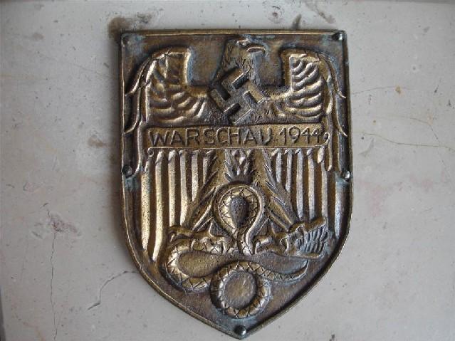 Les Plaques de bras de la Wehrmacht 610