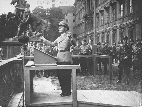La Sturmabteilung,SA,la section d'assaut de la NSDAP, 811