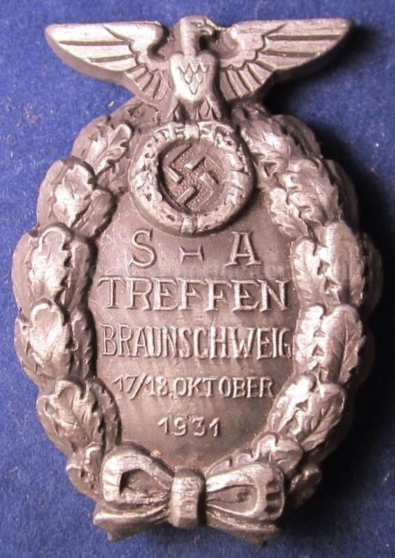 Les médailles de Hitler Brauns10