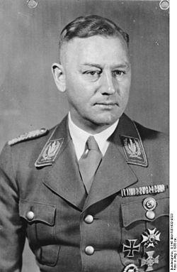 La Sturmabteilung,SA,la section d'assaut de la NSDAP, Lutze10