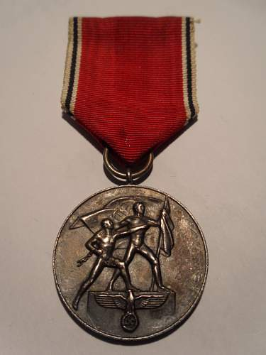 Les médailles de Hitler Oester10