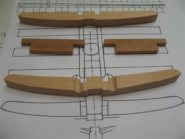 La Belle 1684 scala 1/24  piani ANCRE cantiere di grisuzone  Img_8014