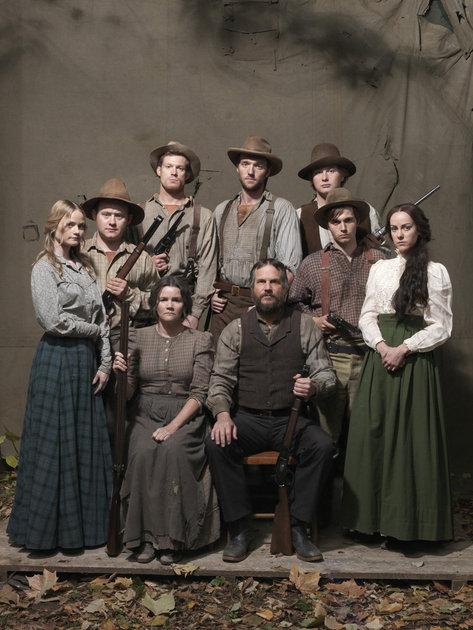 Hatfields and McCoys, série western Mccoys10