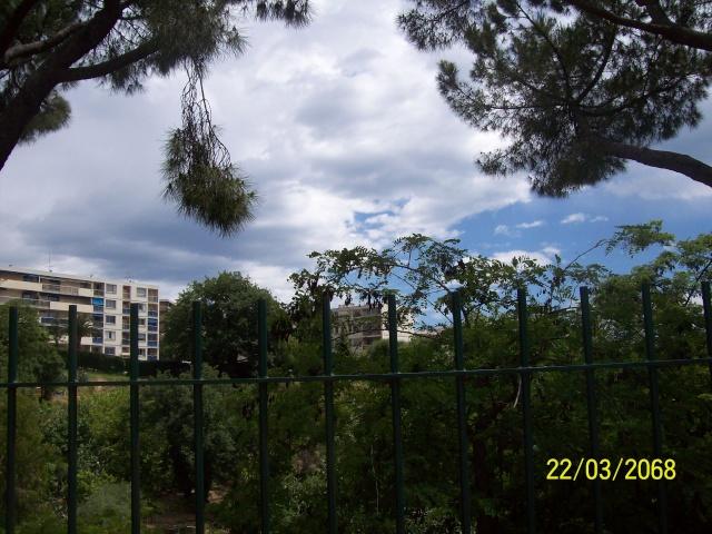 2010: le /05 à environ 22h - Un phénomène troublant - Nice - Alpes-Maritimes (dép.06) - Page 3 Octobr13
