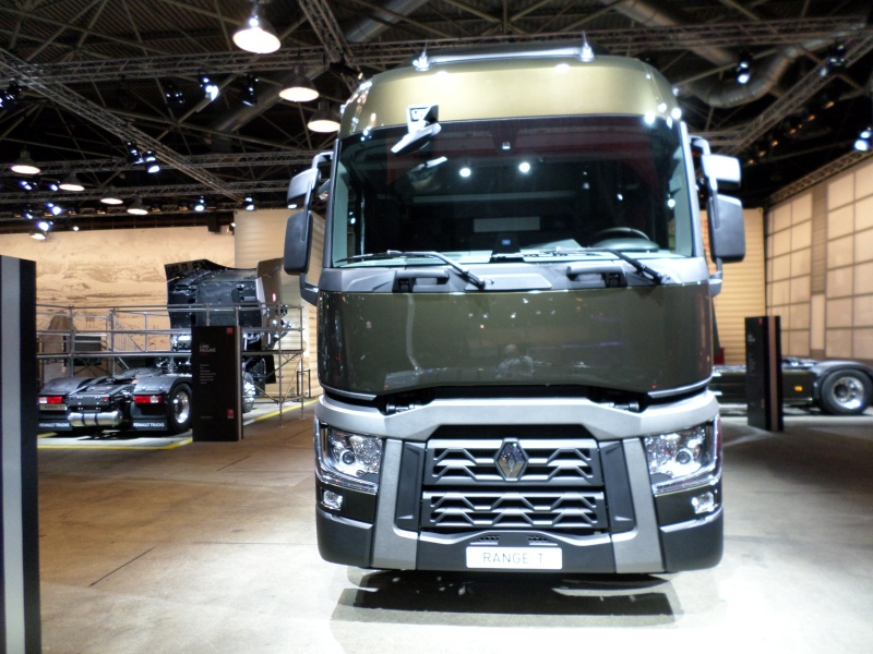 Nouvelle gamme Renault Trucks 4b10