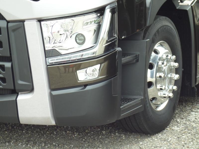 Nouvelle gamme Renault Trucks - Page 2 Chez_r13