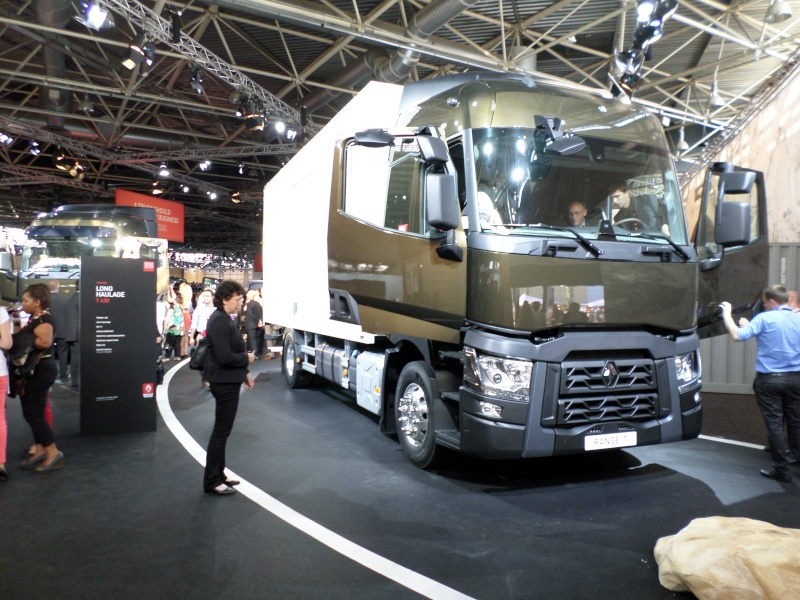 Nouvelle gamme Renault Trucks - Page 2 Rt_new10