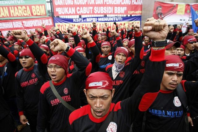 Situation en Indonésie J1710