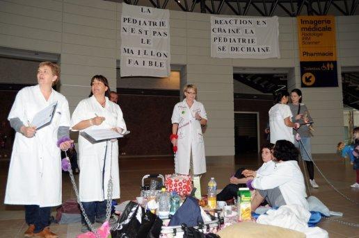 Luttes du secteur de la Santé de par le monde - Page 5 Les-in10
