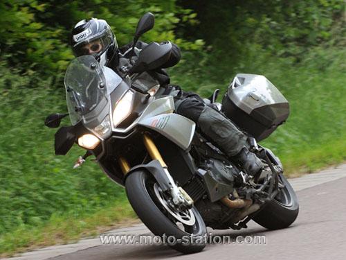 Comparatif motos: Tous les gros trails du moment  Compar10