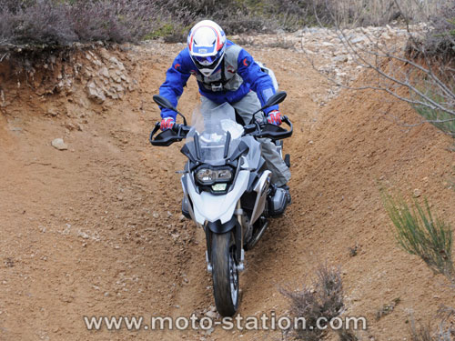 Comparatif motos: Tous les gros trails du moment  Compar16