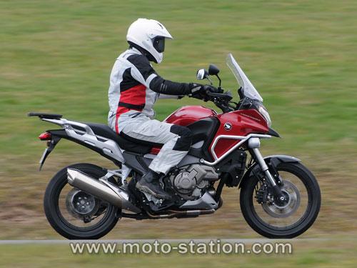 Comparatif motos: Tous les gros trails du moment  Compar17