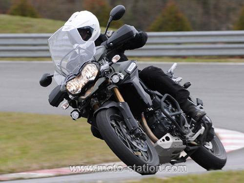 Comparatif motos: Tous les gros trails du moment  Compar19