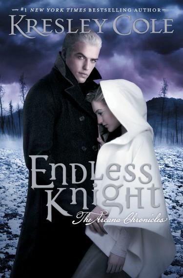 cole - Chroniques des Arcanes - Tome 2 : Le chevalier éternel de Kresley Cole Endles10
