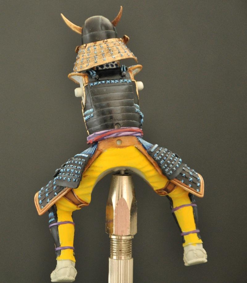 Samourai à cheval période Momoyama. 90 mm Bonapartes/Poste militaire Terminé Dsc_0031