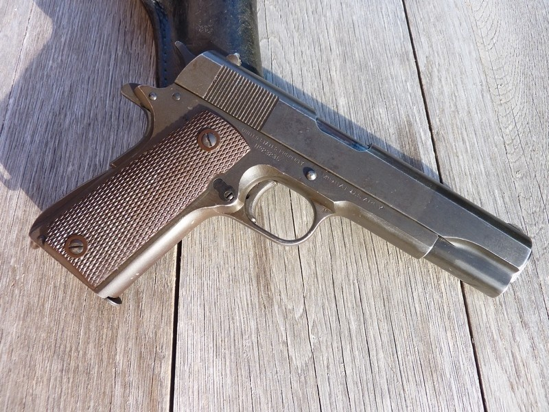 Colt A1 US Property de 1945 Parko Lubrite P1040312